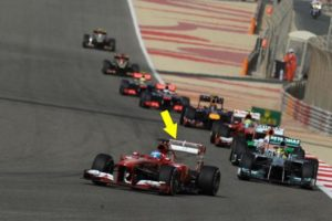 L'ala di Alonso aperta per problemi al DRS