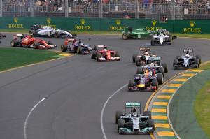 Rosberg in testa dopo la prima curva: ci resterà per l'intero GP