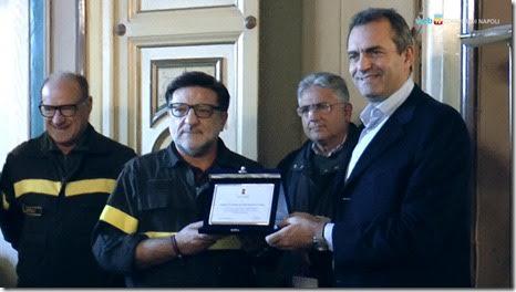 Firmato un protocollo di collaborazione fra i Vigili del Fuoco e il Sindaco de Magistris