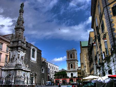 Piazza del Gesù Nuovo Napoli