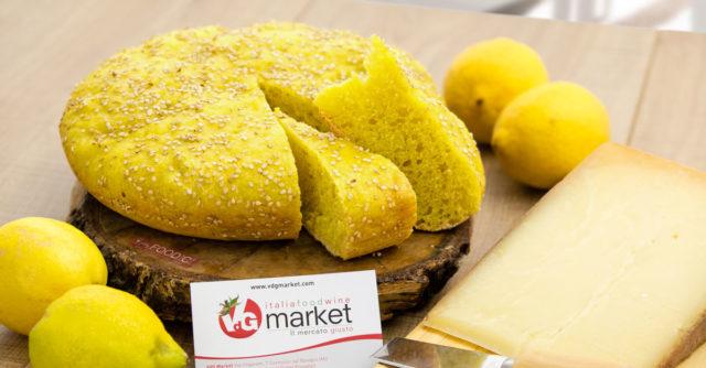 Focaccia al formaggio e limone