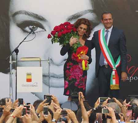 Sophia Loren e Luigi de Magistris
