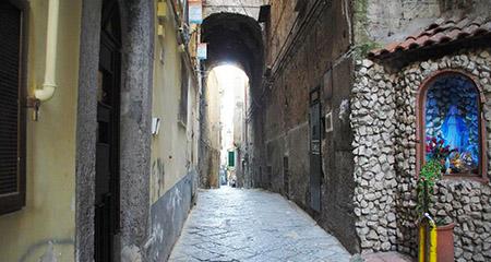 Tabernacolo della Madonna, Napoli