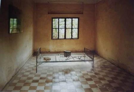 Tuol Sleng, la scuola degli orrori