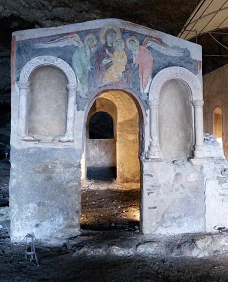 Olevano - Grotta di San Michele Arcangelo