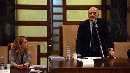 Vincenzo De Luca foto Massimo Pica