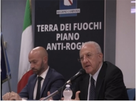 Campania, piano antiroghi: segnalazione incendi via WhatsApp