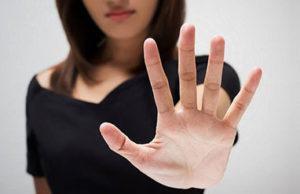 'Le scuole contro la violenza sulle donne. Oltre l'indignazione, l'impegno!'