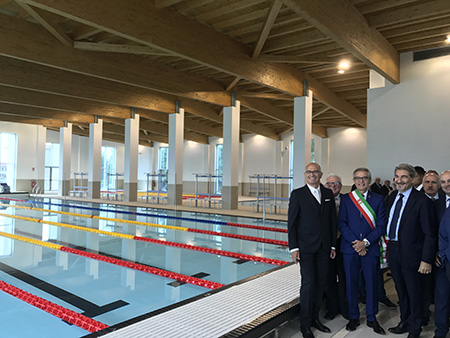 Presidente Raffaele Cattaneo, il Sindaco Giorgio Ginelli e i rappresentanti della Fondazione Daccò