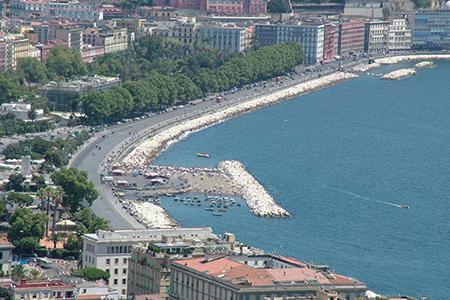 via Caracciolo Napoli