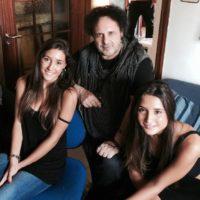 'Indivisibili' Enzo Avitabile con Angela e Marianna Fontana