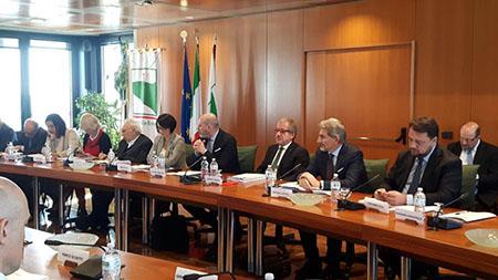 Autonomia Lombardia, insediato tavolo. Maroni: