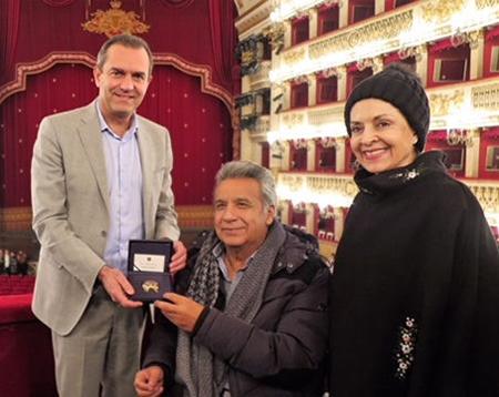 Luigi de Magistris, Lenín e Rocio Moreno