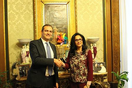 Luigi de Magistris e Beya Ben Abdelbaki Fraoua
