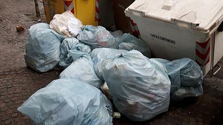 sversamento rifiuti