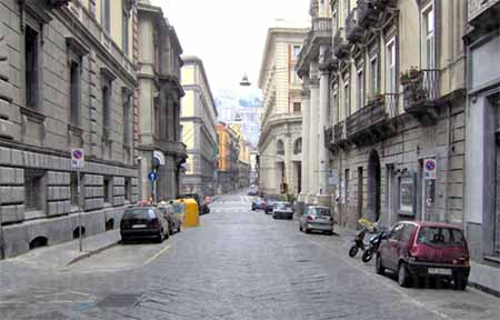 Via Chiatamone Napoli