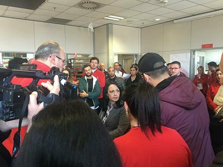 Chiude Auchan a Catania, occupazione e sit-in dei 108 dipendenti