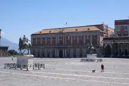 Palazzo Salerno Napoli