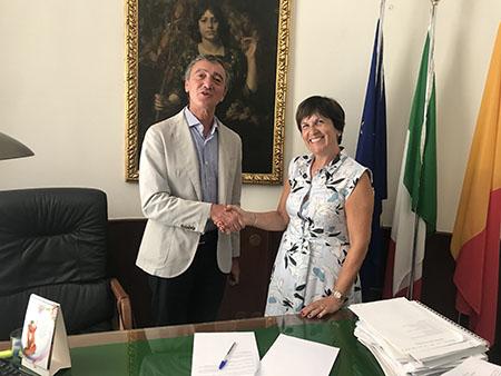 donazione semafori Napoli