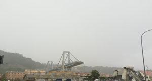 Crolla ponte Morandi Genova