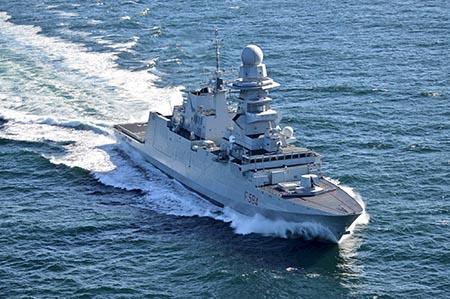 Fregata Alpino ph. Marina Militare