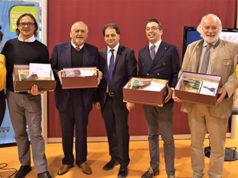Roberto Messina, al centro, tra i premiati di Meraviglia Italiana del Gusto, Salone 'Il BonTà', Cremona Fiere