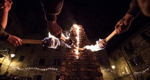 Fiaccole di Natale Abbadia San Salvatore (SI)