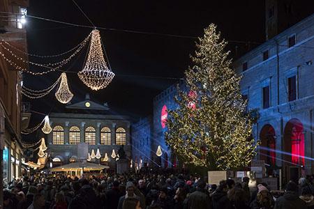 Luci di Natale - Comune di Rimini Assessorato al Turismo