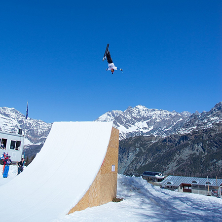 Freestyle Ski Junior World Championship in Valmalenco