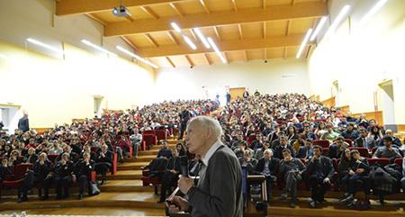 Leggett alla Scuola Specialisti di Caserta