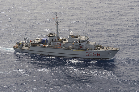 Nave Alghero ph Marina Militare
