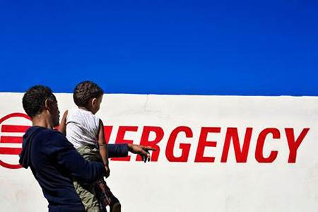 #100cene per Emergency