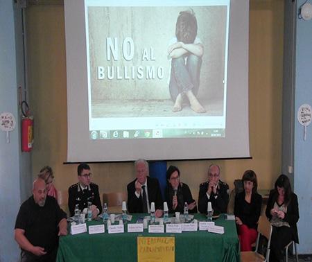 @scuolasenzabulli 2019 ad Afragola (NA) Scamardella, Alfieri, Filippo, Falco, Nasti, Aletta, Del Deo e Fiola