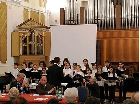 Coro di voci bianche al Conservatorio San Pietro a Majella di Napoli