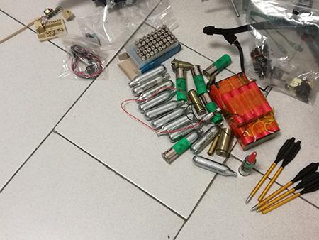ritrovamento armi, munizioni e materiale esplosivo