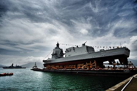 Nave Thaon di Revel ph Marina Militare