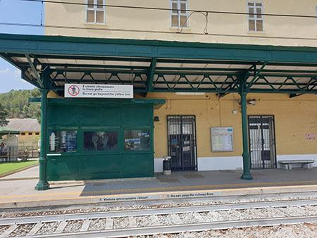 infopoint alla stazione ferroviaria di Ferrandina (MT)