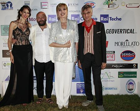 Janet De Nardis, Nicola Timpone, Milly Carlucci e Paride Leporace