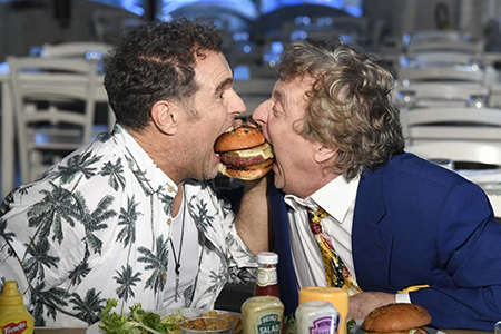 Pino Quartullo ed Enzo Iacchetti in 'Hollywood Burger'