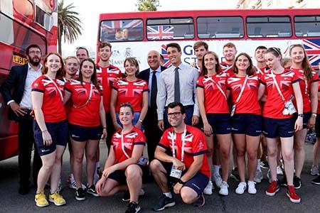 Team britannico Universiade con Ambasciatore Jill Morris