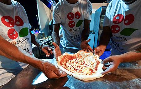 'Napoli Pizza Village'