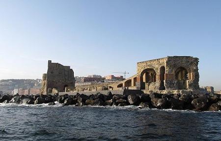 Ramaglietto Castel dell'Ovo, Napoli