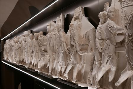 Fregio di Pelagio Palagi - 'Il trionfo del console Lucio Paolo Emilio sul re Perseo'
