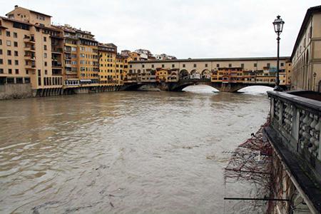 Piena dell'Arno a Firenze