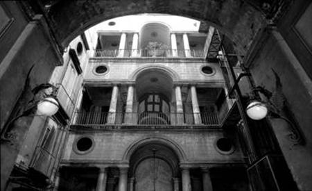 Palazzo Zapata a Napoli