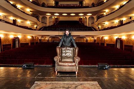 Sit down to have an idea di Andrea Bianconi al Teatro Duse - ph. Massimiliano Donati