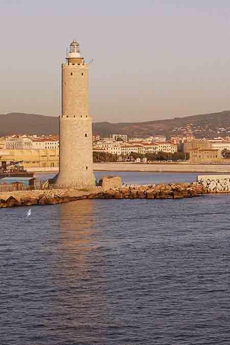 Faro di Livorno ph Marina Militare