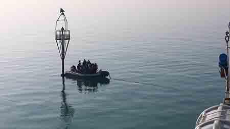 Nave Procida Campagna Fari 2020 - ph Marina Militare