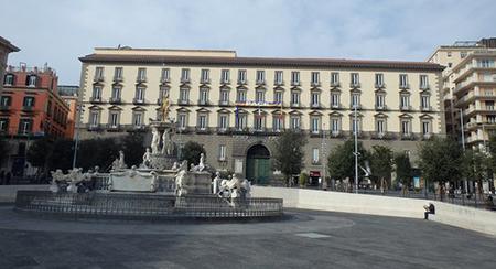 Palazzo San Giacomo a Napoli