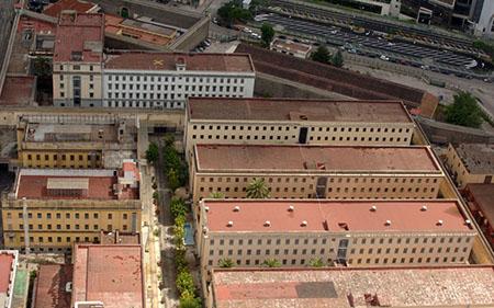 Carcere di Poggioreale a Napoli